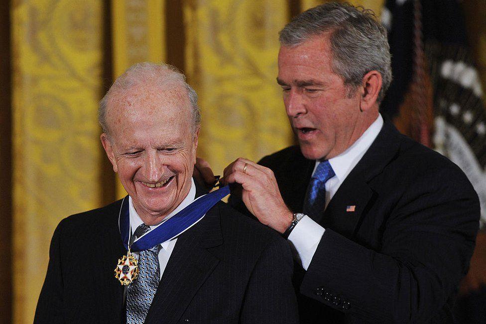 US President George W. Bush presents the 2007 Presidential Medal of Freedom to 1992 Nobel economics prize winner Gary Becker
