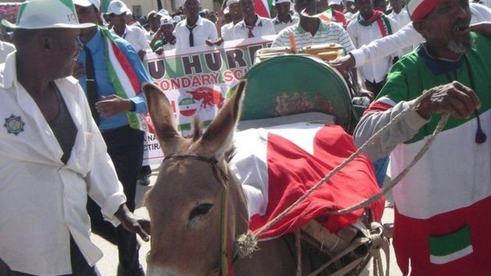 جمهورية أرض الصومال: لا يعترف بها أحد وتقيم بها الإمارات قاعدة عسكرية