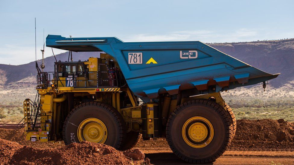 How tech is revolutionising the mining industry - BBC News