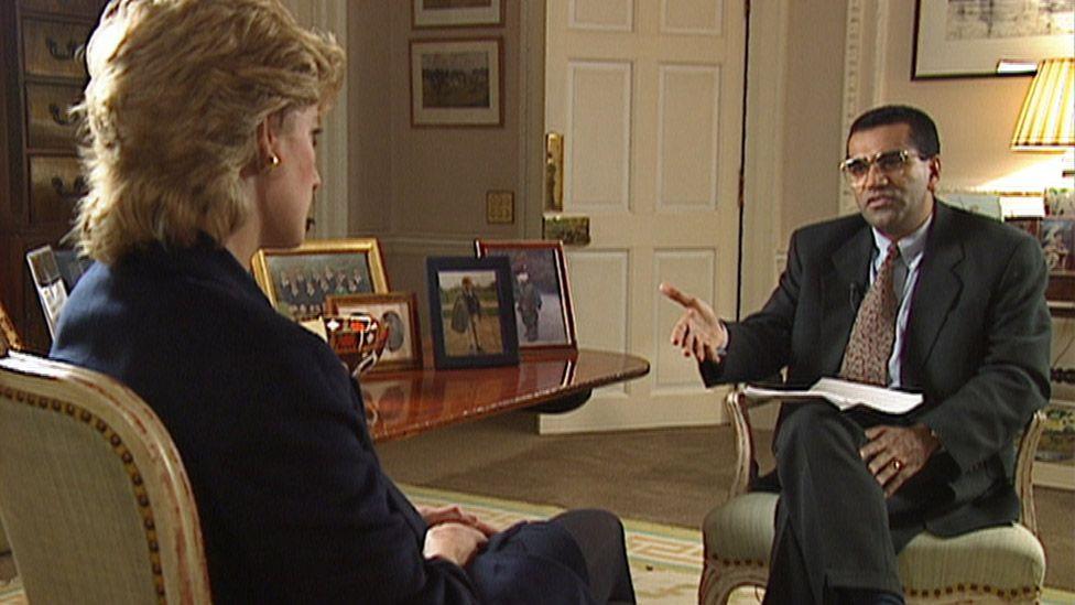 Martin Bashir interviewing Princess Diana