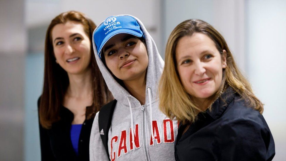 Asylum Seeker Rahaf Mohammed al-Qunun, 18, along with Canadian minister of Foreign Affairs Chrystia Freeland