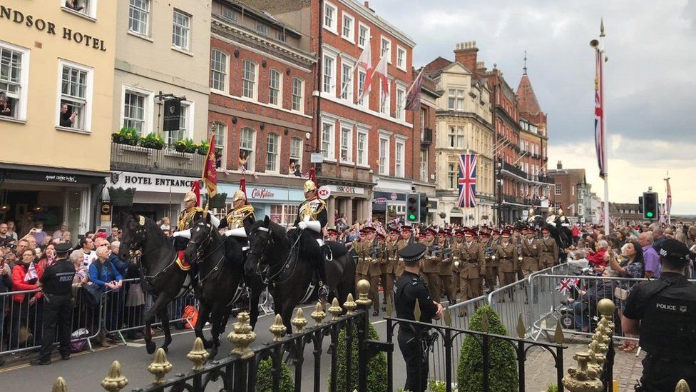 Household Cavalry parade marks end of era in Windsor