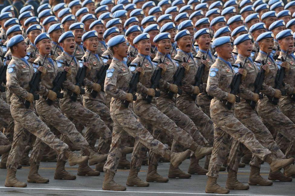 Китайські військові на параді