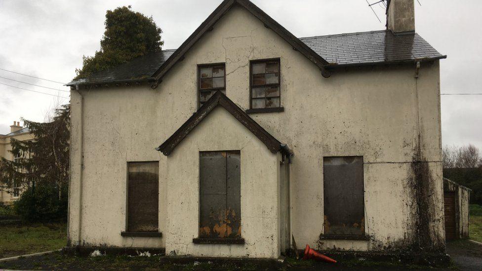 The building where Piotr Krowka's body was found