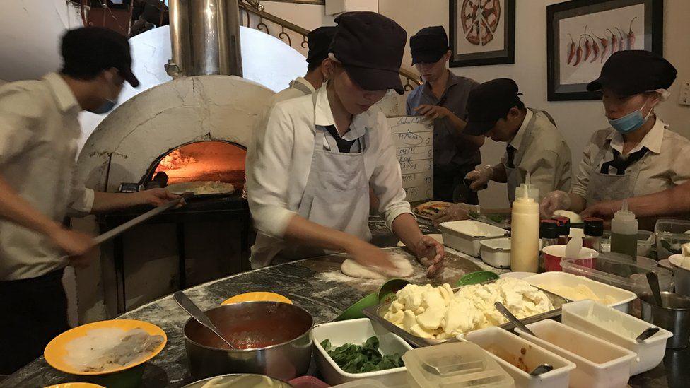 Pizza 4Ps staff