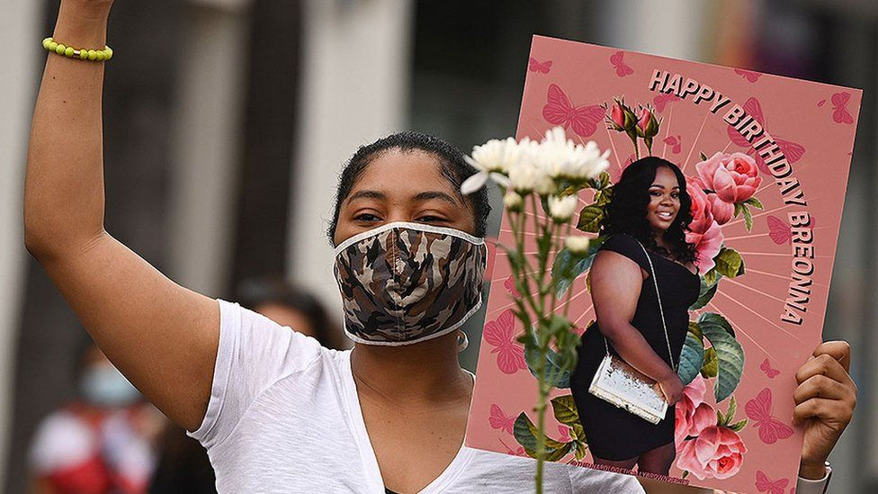 Breonna Taylor protester