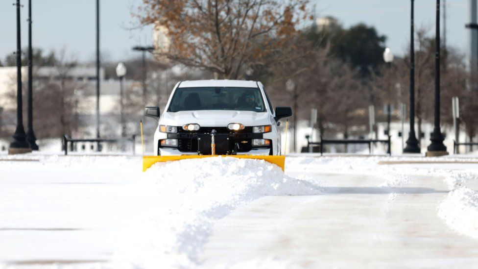 Snow plough in Texas
