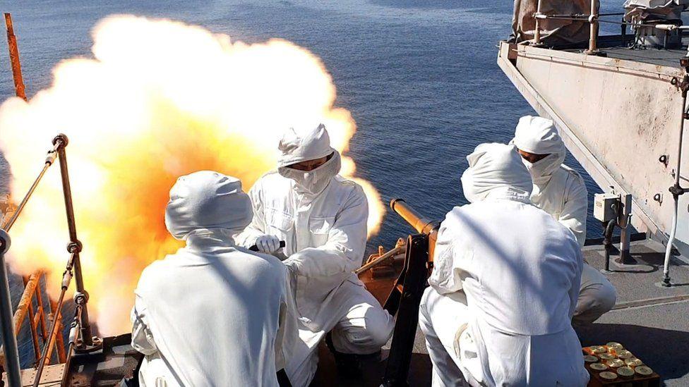 Crew aboard HMS Montrose fired a 41-round gun salute to the duke, in Duqm, Oman
