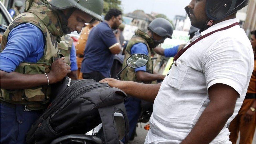 Por que o governo do Sri Lanka reduziu em mais de 100 o número de mortos nos atentados da Páscoa