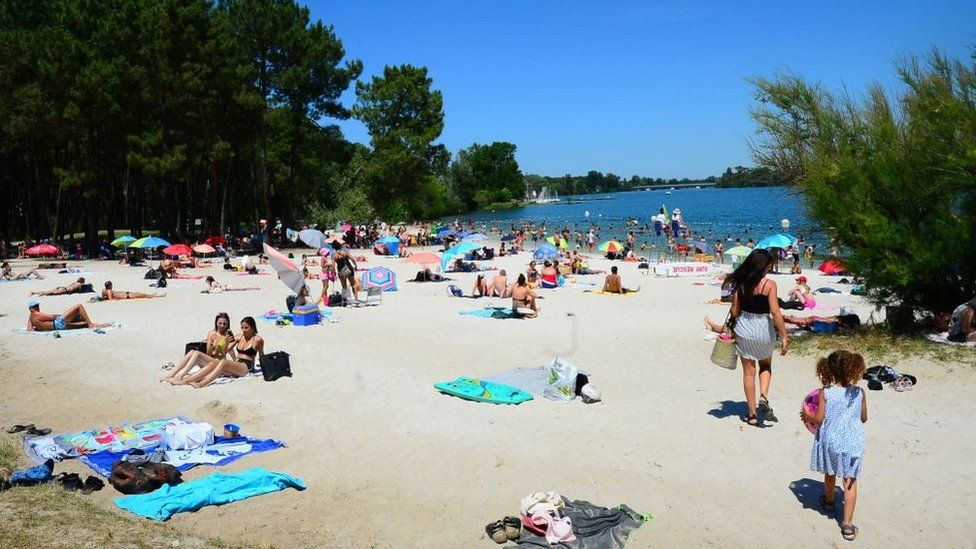 The beach of the Lake of Bordeaux, south-western France