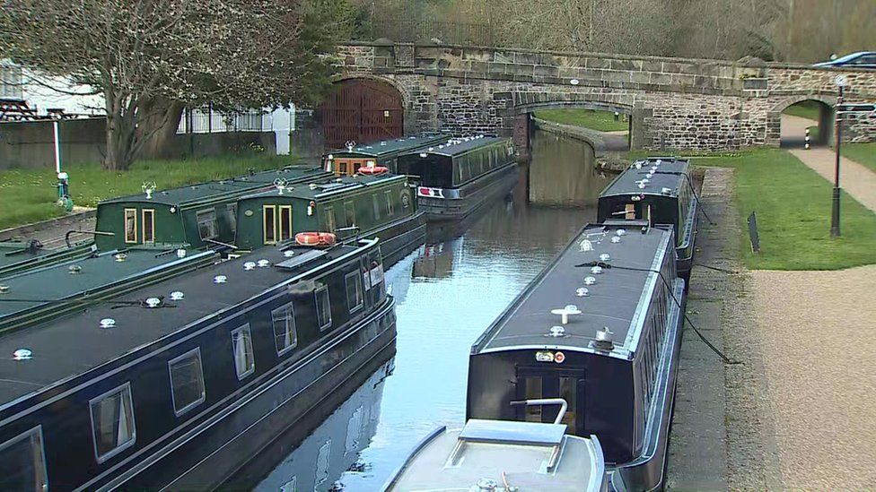 Canal boats on the border