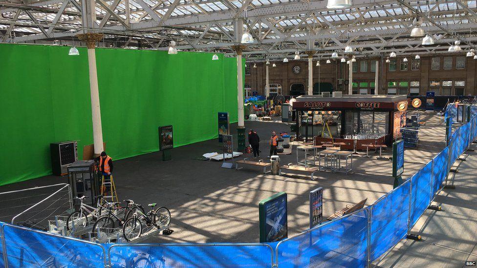Green screen and coffee shop Waverley set