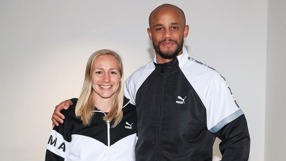 Pauline Bremer (MCFC women's player) and Vincent Kompany (MCFC men's captain)