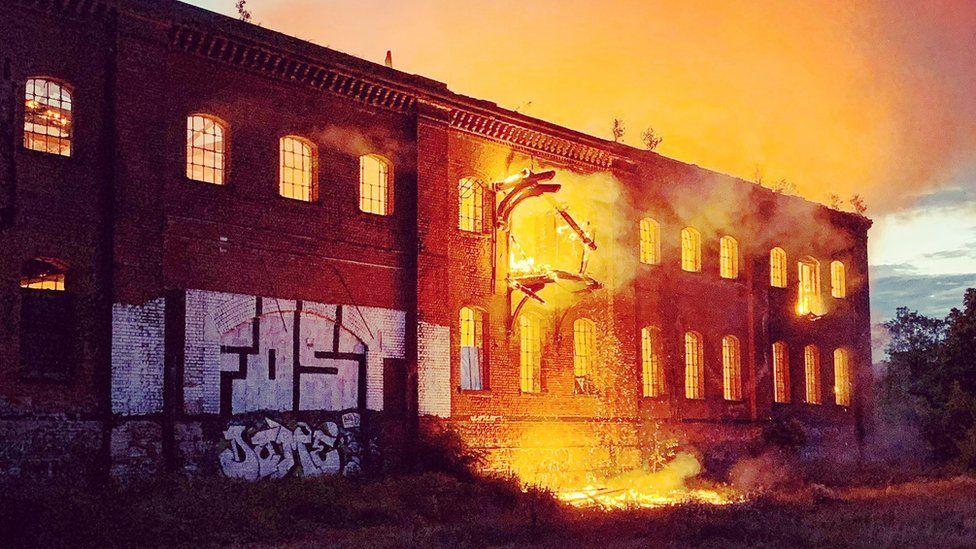 Derelict building in Friar Gate Goods Yard