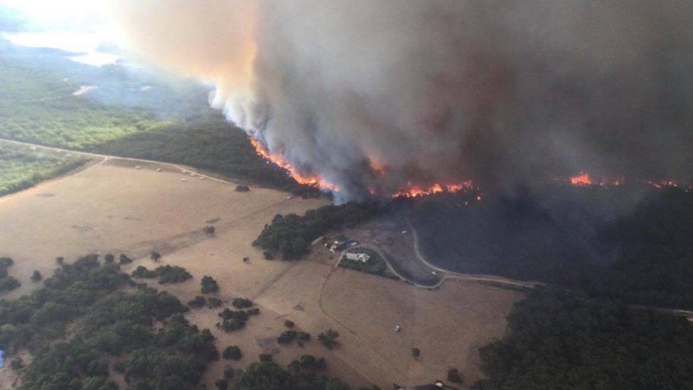 Aerial view of the Cherry Garden fire front in the Adelaide Hills