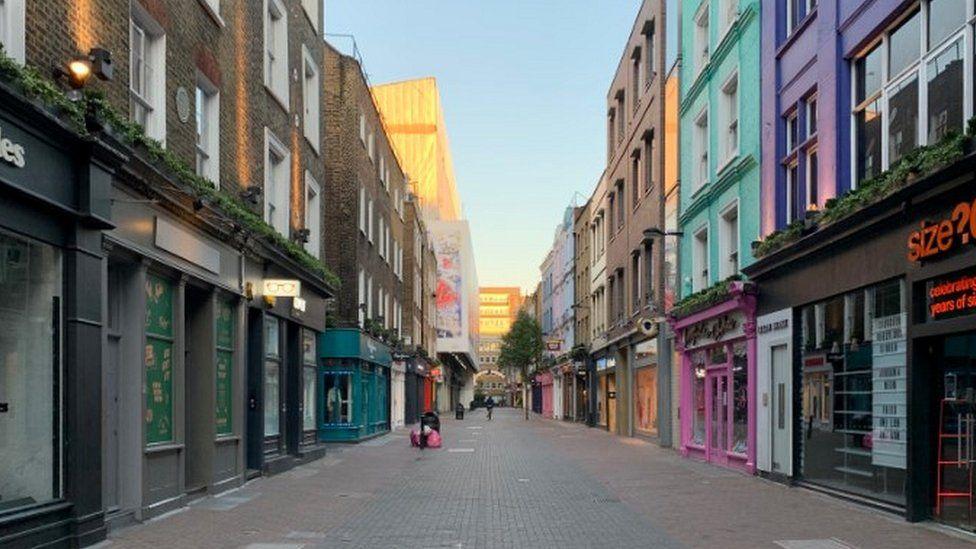 Carnaby Street, Saturday night 20.30pm, 6 June