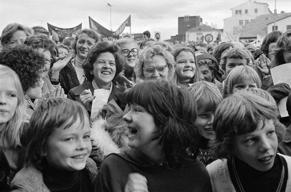 "Women and children take part in Iceland's ""women's day off"" on 24 October 1975"