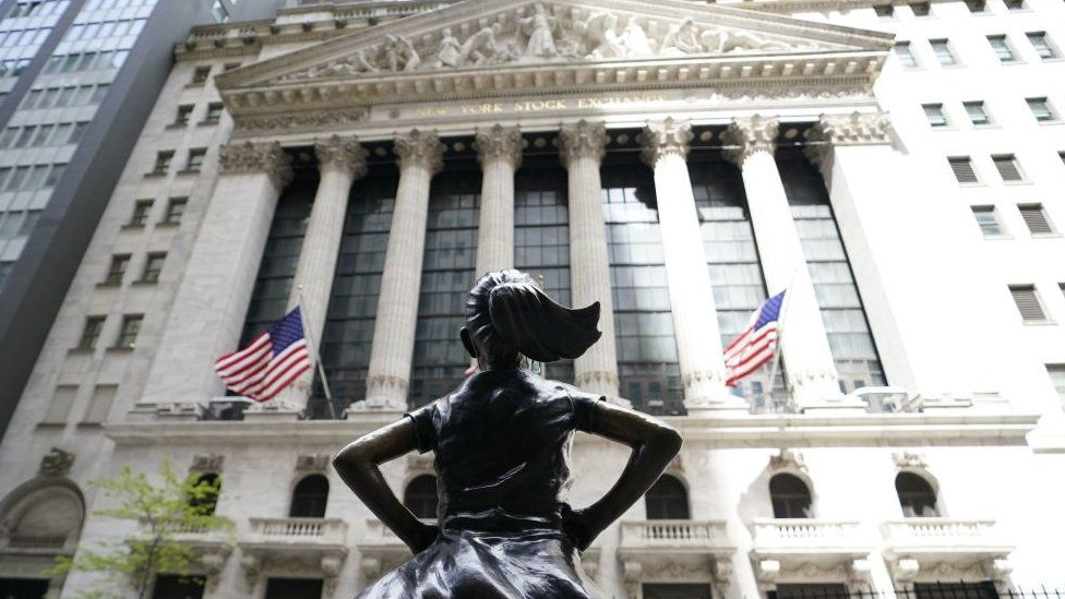 'Fearless girl' statue outside New York Stock Exchange.
