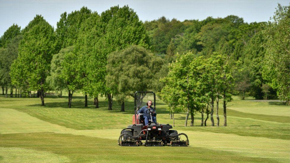 greenskeepers prepare Cowglen Golf Course