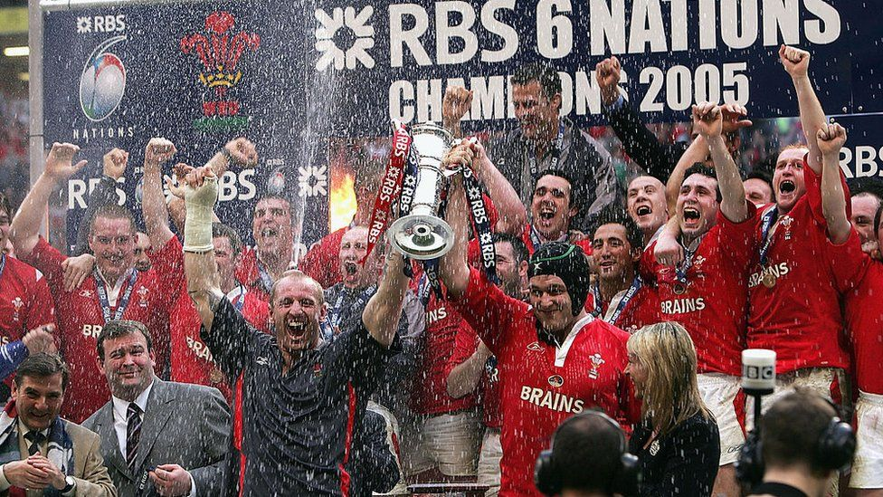 Wales win the 2005 Grand Slam