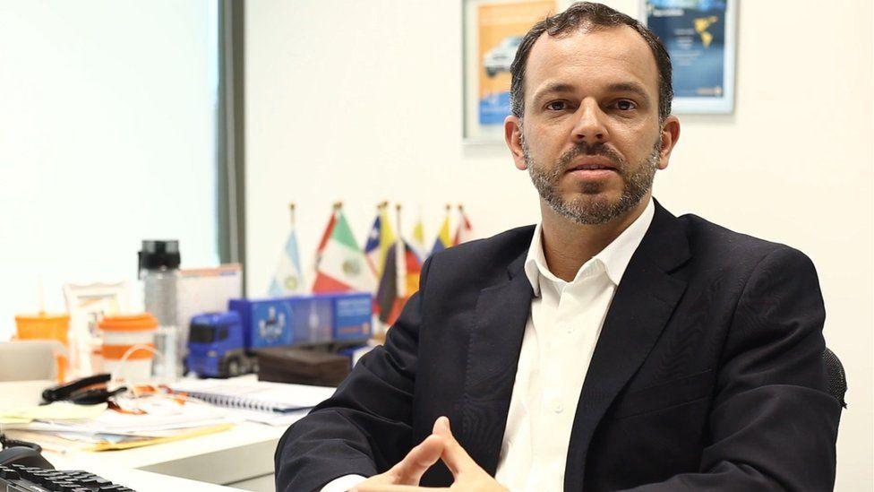 De office boy a CEO: A trajetória de brasileiros até o topo de multinacionais e o que mudaram ao chegar lá