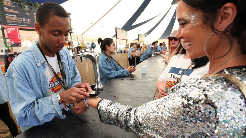 Could wristbands turn festivals into games?