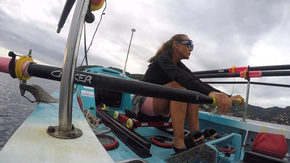 Shirley Thompson rowing her boat
