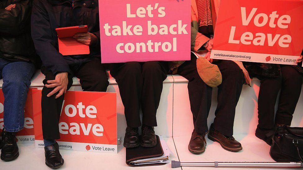 Vote Leave campaigners