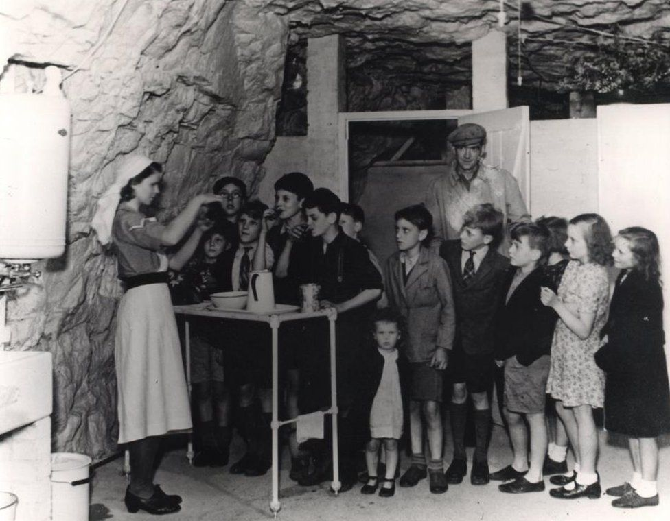 Cave shelters had first aid posts, and the one at Chislehurst had a staffed hospital