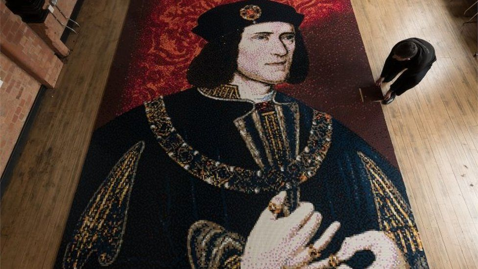 Richard III Lego mosaic Leicester