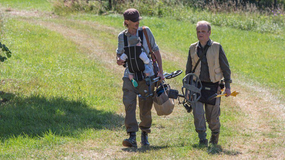 Mackenzie Crook and Toby Jones in Detectorists