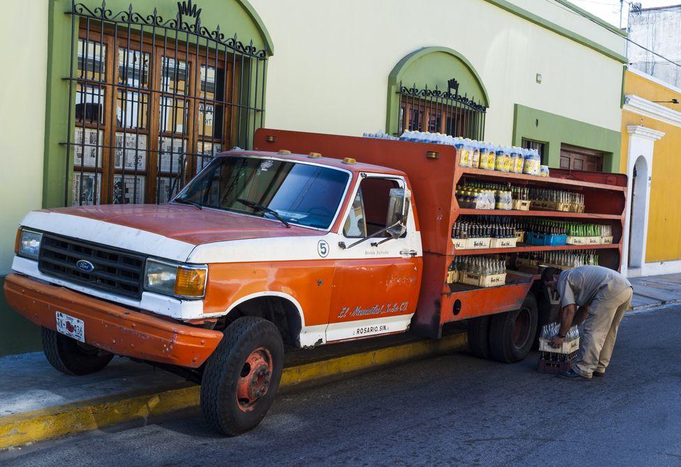 Fizzy drinks delivery, Mazatlan, Mexico
