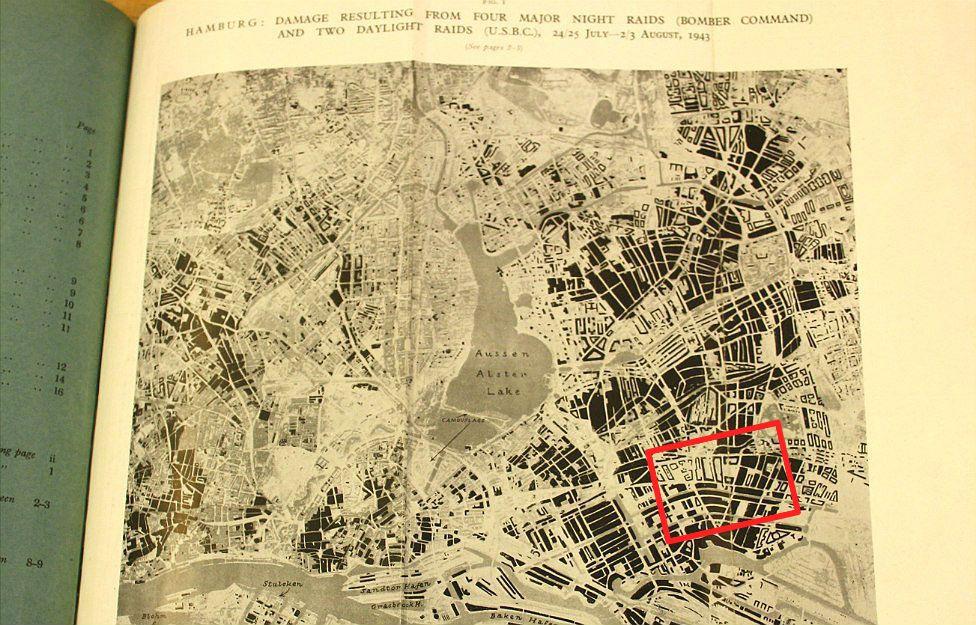 Annotated Hamburg bomb damage map