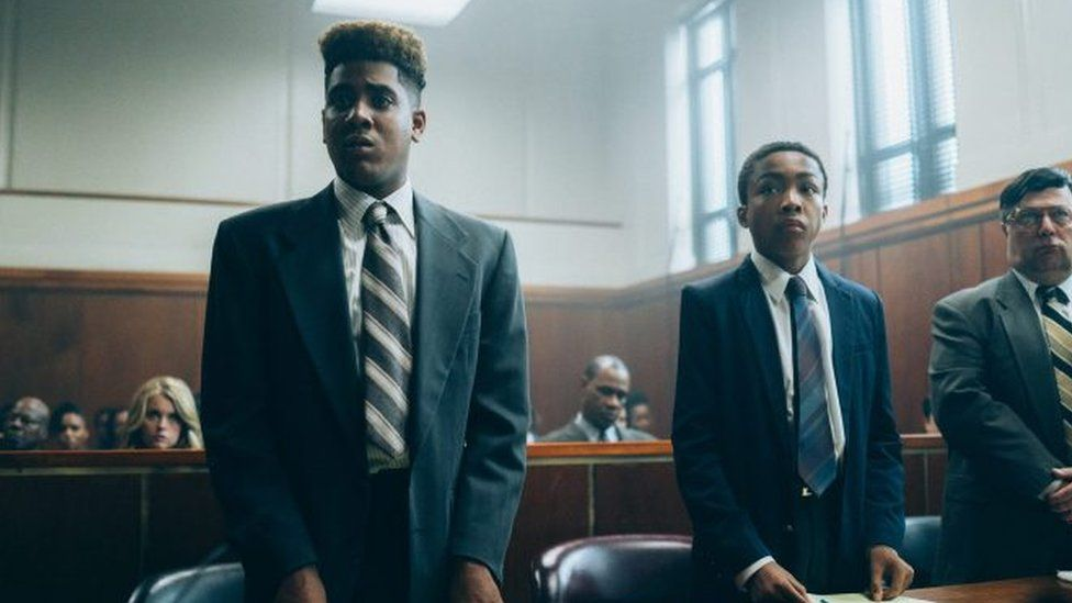 A scene from When They See Us inside the courtoom