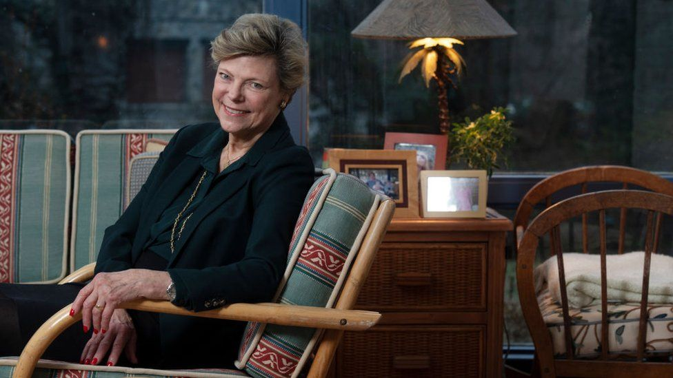 Cokie Roberts: Tributes pour in for trailblazing US reporter