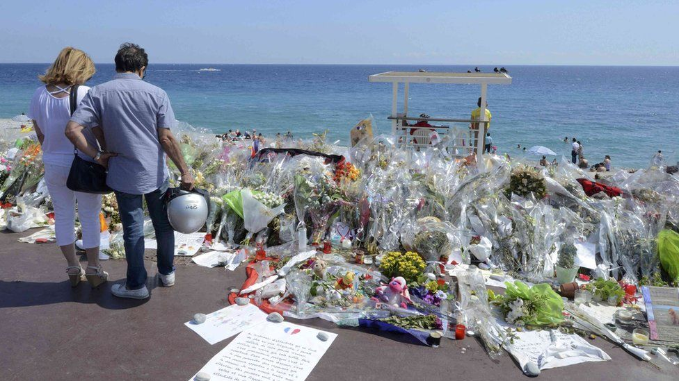 Floral tribute to victims of Nice atrocity, 21 Jul 16