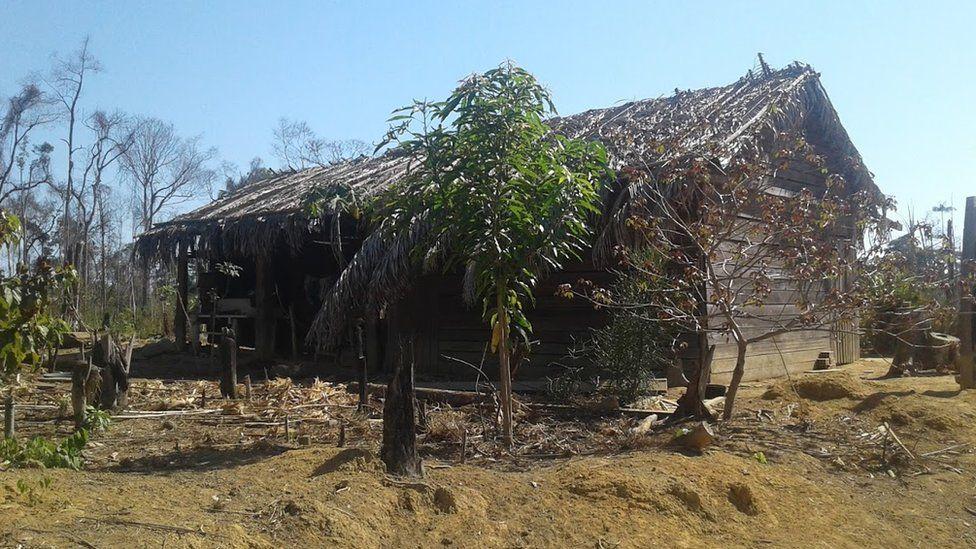 Wooden shack belonging to Eidi and Romildo