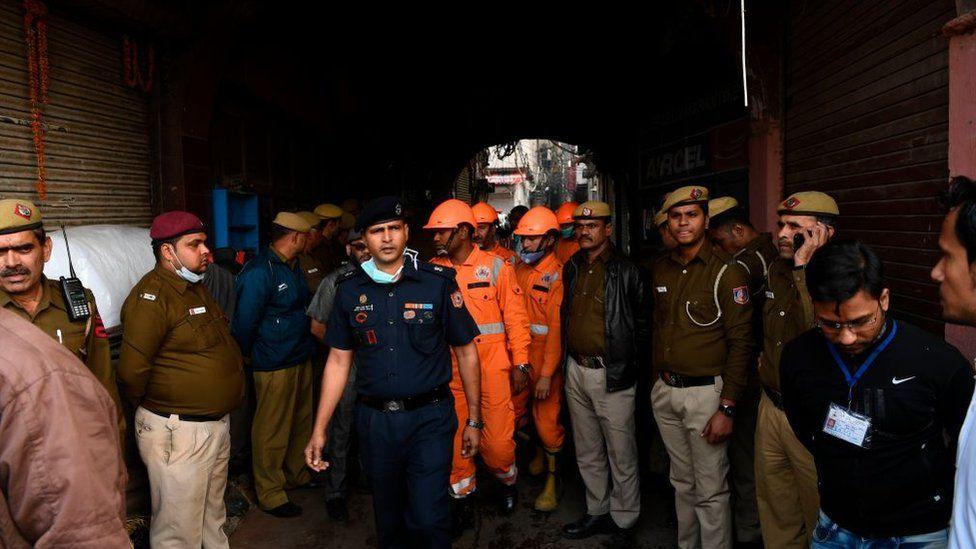 Plus de 40 morts dans l'incendie d'une usine en Inde
