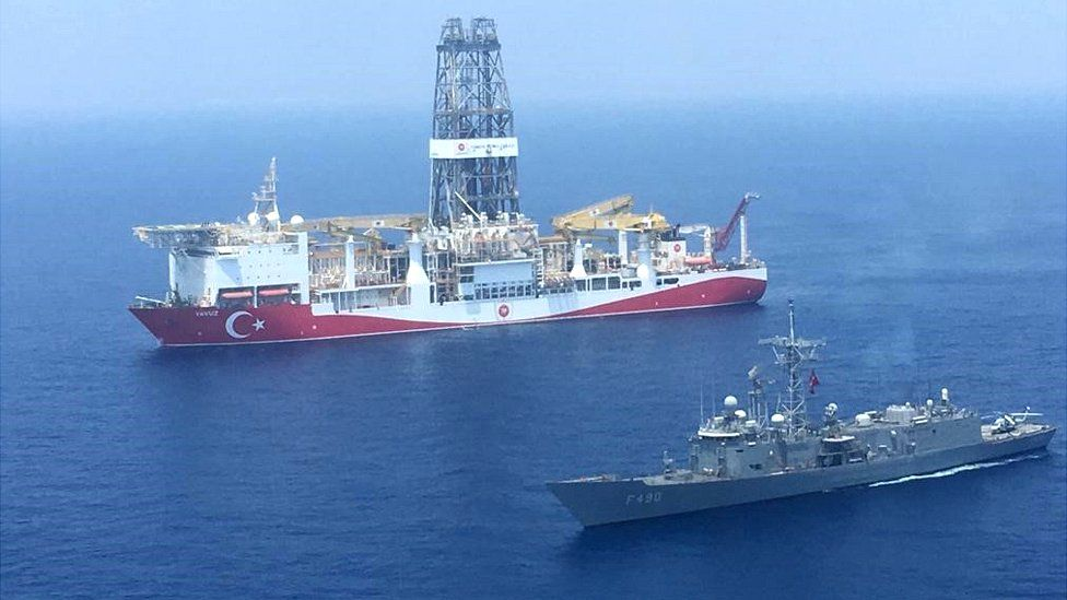 The drilling ship Yavuz escorted by a Turkish warship (pic from Turkish defence ministry)