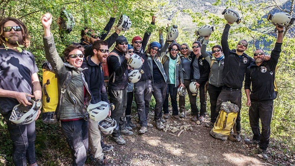 Deep Time study: French volunteers leave cave after 40 days in isolation thumbnail