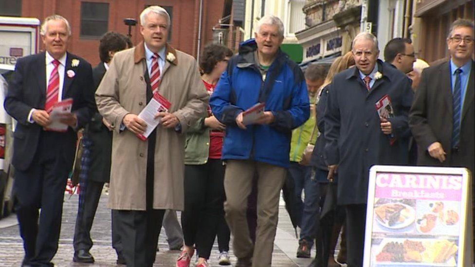 Lord Hain, Carwyn Jones, Rhodri Morgan and Lord Murphy promoting the pro-EU cause in Pontypridd