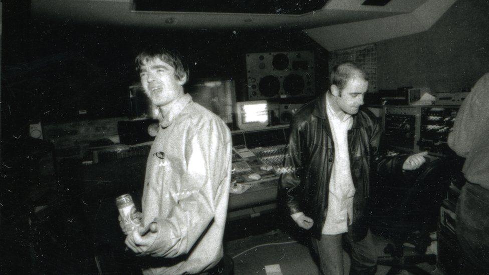 Noel Gallagher and Bonehead