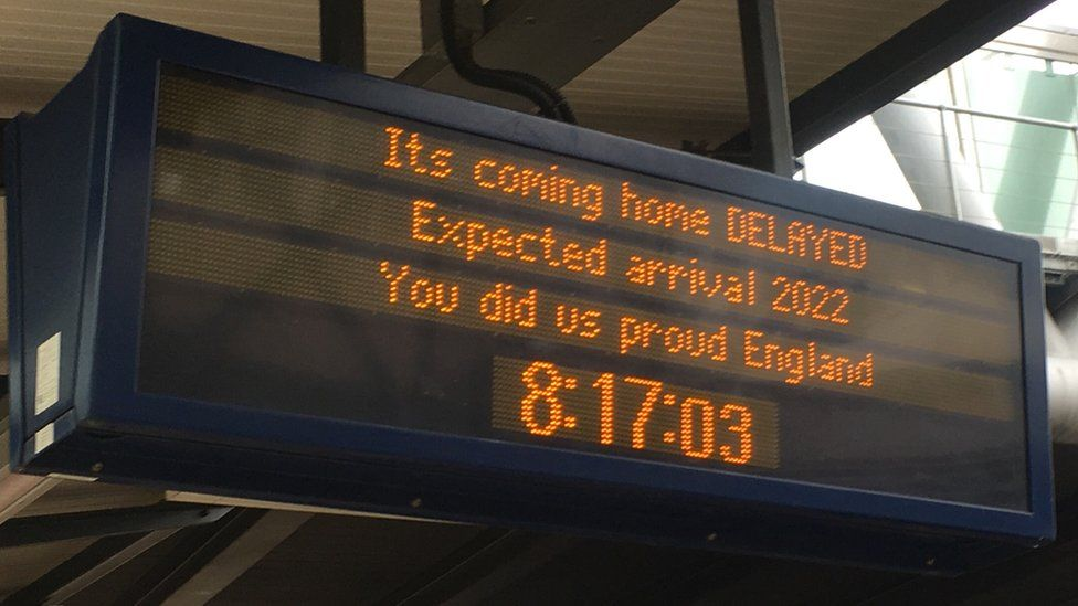 A sign at Nottingham railway station