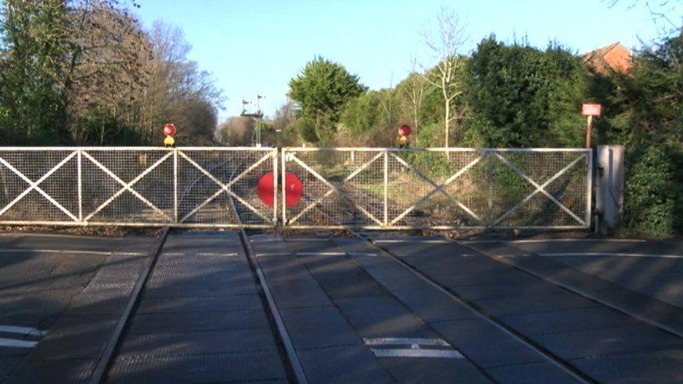 Waterside rail line