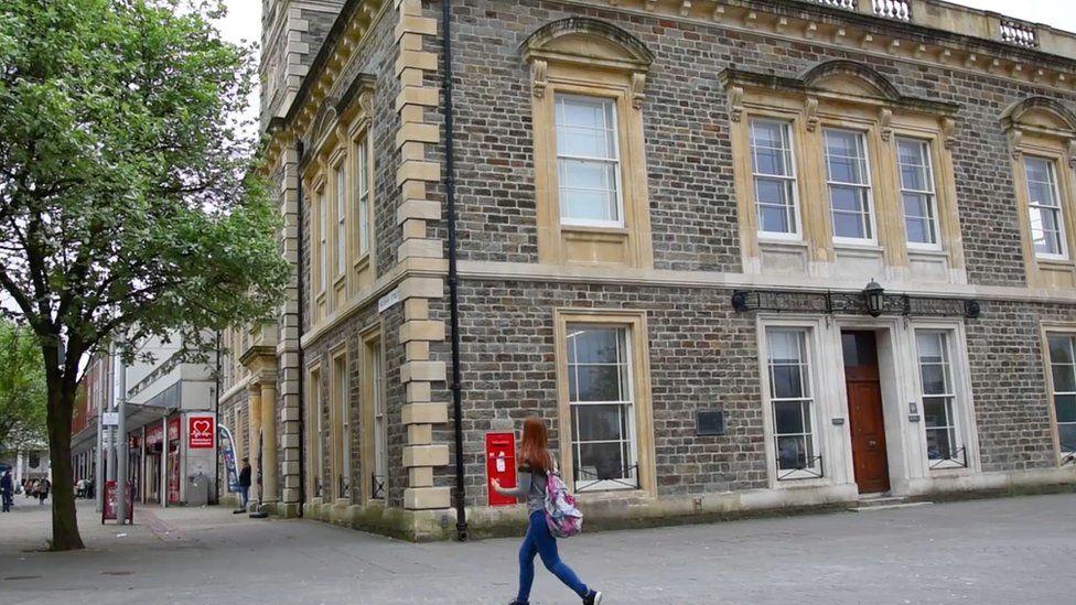 Llanelli Library