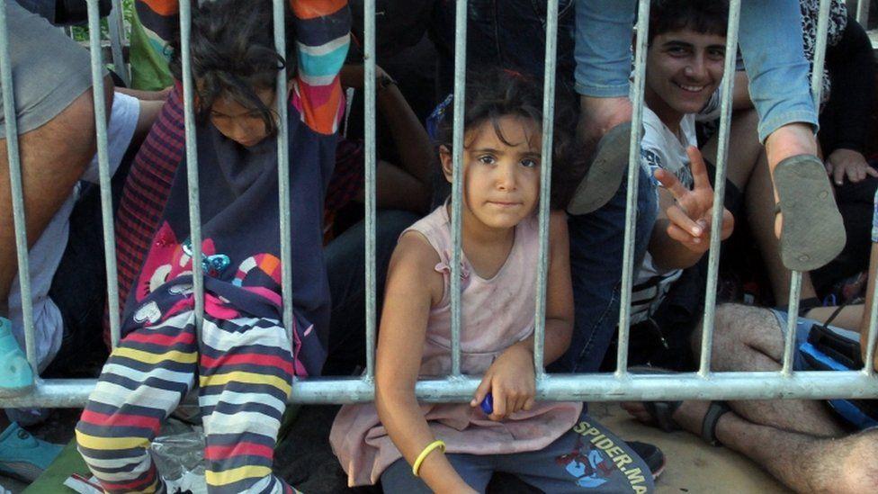 migrant girl in Presevo