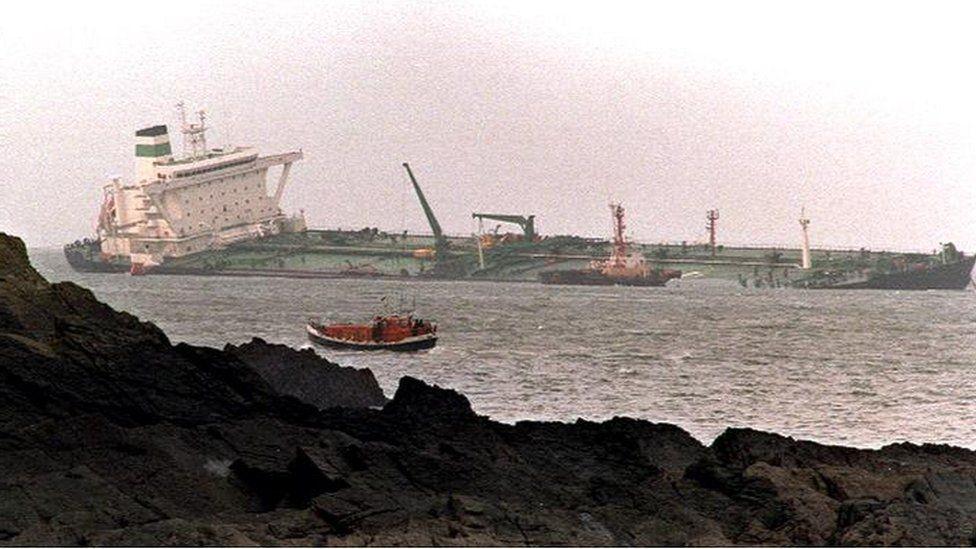 Sea Empress run aground off Pembrokeshire in 1996