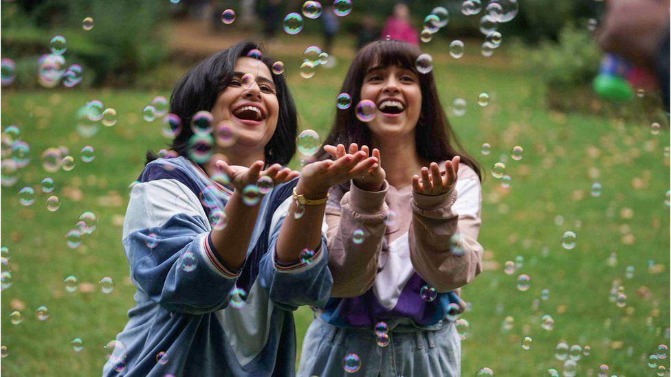 Vidya Balan as Shakuntala Devi (left) with daughter Anupama Banerji played by actress Sanya Malhotra in a scene from the film