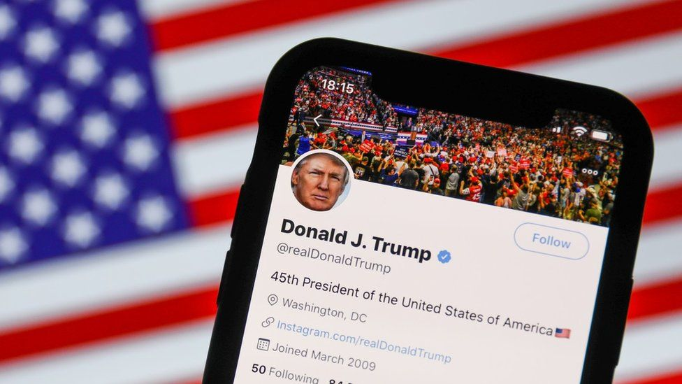 US election 2020: How a misleading post went from the fringes to Trump's Twitter - BBC News