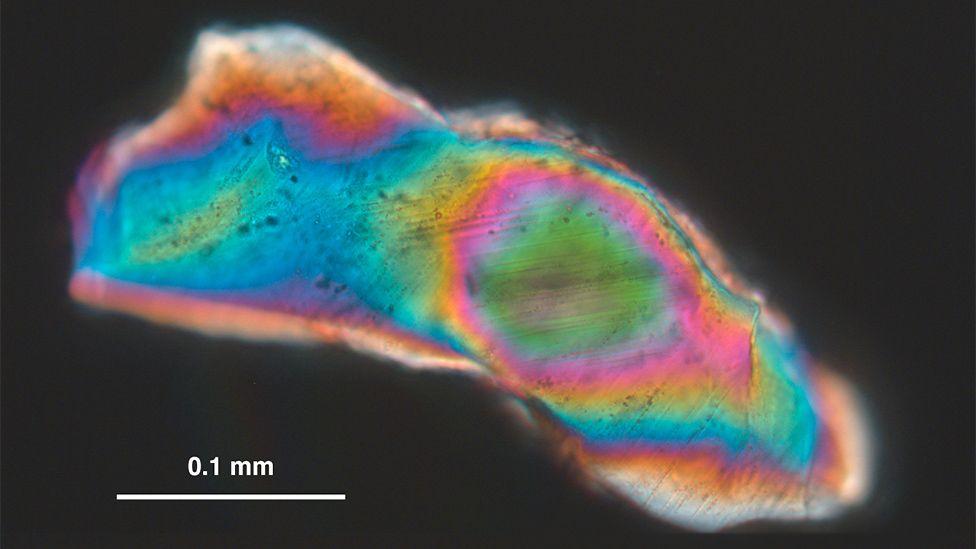 Quartz grains with planar deformation features
